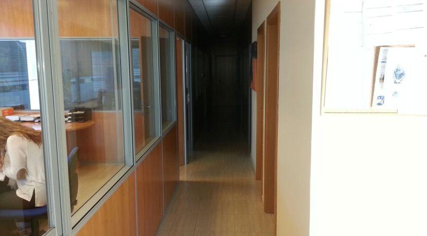 toledo-pasillo-acceso-oficinas