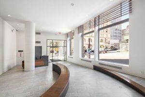 Apartemen Yang Disewa Rihanna di New York Ini Dijual