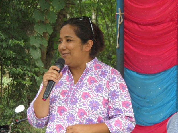 Pushpa Didi Shares her Happiness About the Occasion and Gives Words of Congratulations to Scholars
