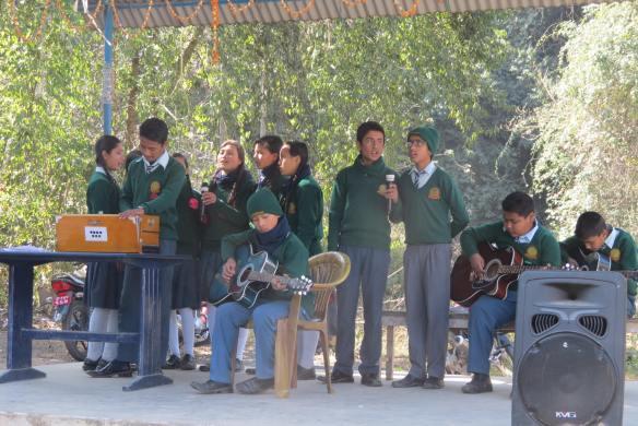 Students perform -Phool ko aankhama-
