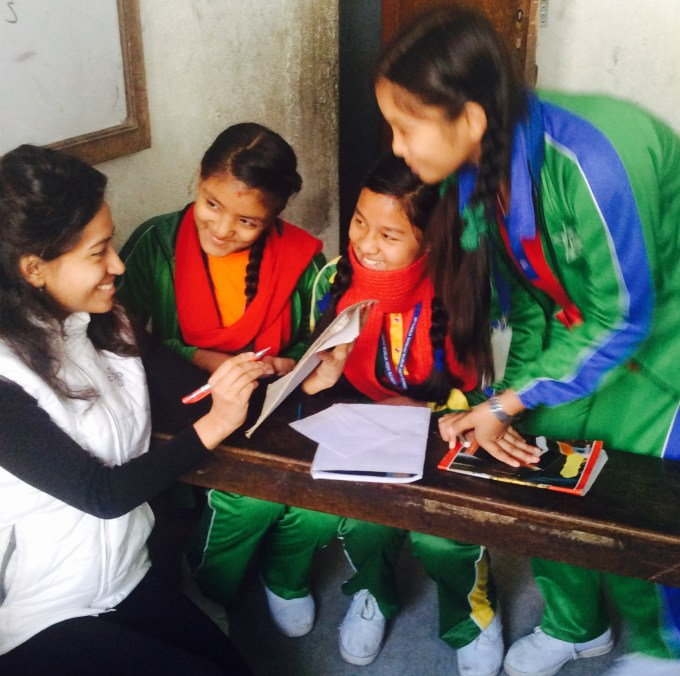 mentor-bandana-from-litclub-niharika-interacting-with-her-girls-on-what-they-like-in-litclub-and-want-to-do-further-in-upcoming-session
