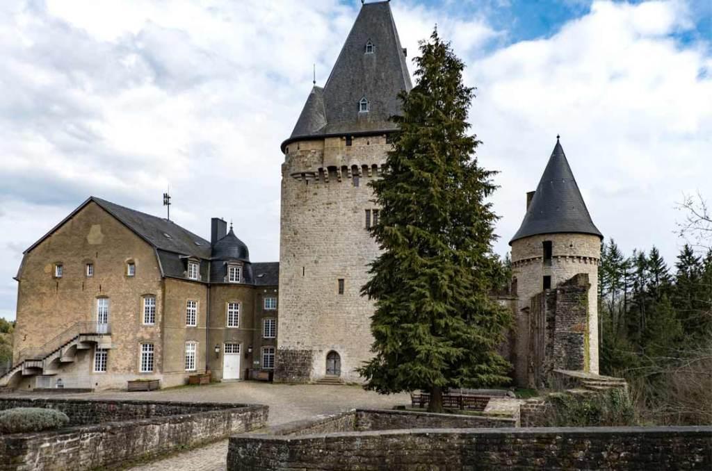 Castillo de Hollenfels, en el valle de los siete castillos de Luxemburgo