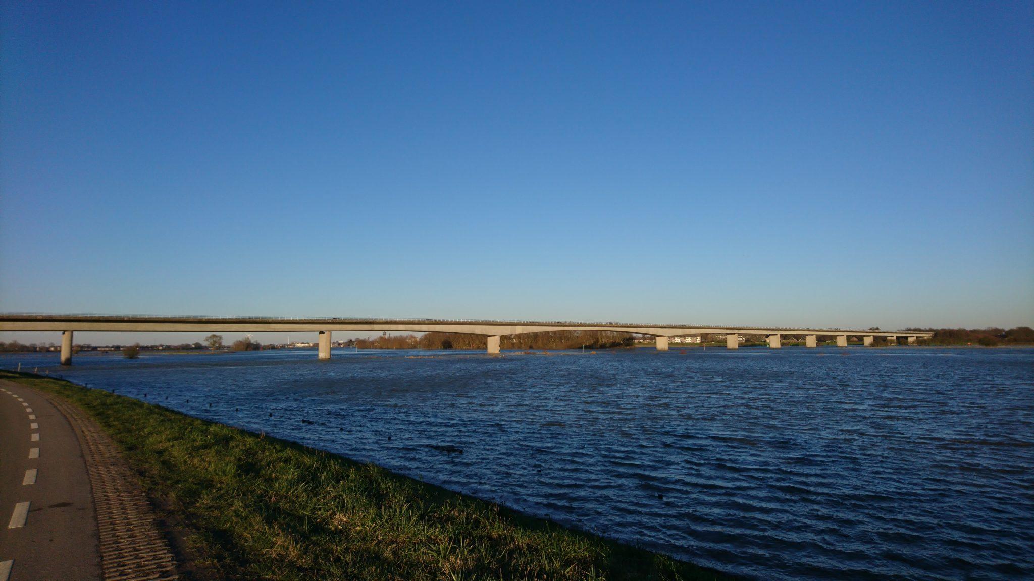 Hoogwater in de IJssel Mening leven