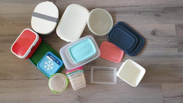Onze collectie bakjes om eten in mee te nemen en te bewaren. Het meeste is niet van ons. Voorraadbakjes zijn ook handig om te meal preppen.