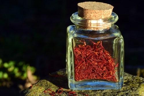 manfaat saffron, manfaat bunga saffron untuk parfum, manfaat bunga saffron untuk kesehatan, rumah saffron, jual saffron asli