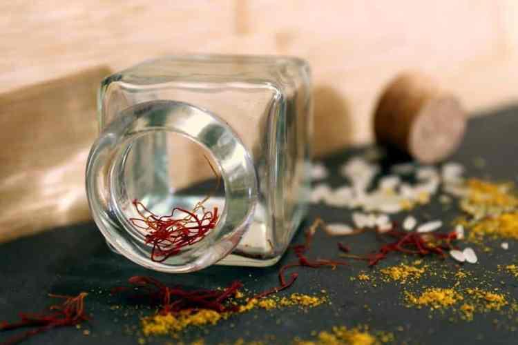 manfaat herbal saffron untuk kesehatan, manfaat bunga saffron untuk kesehatan, rumah saffron