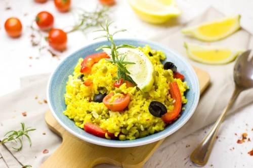 paella dengan rempah bunga saffron, manfaat bunga saffron untuk masakan, rumah saffron