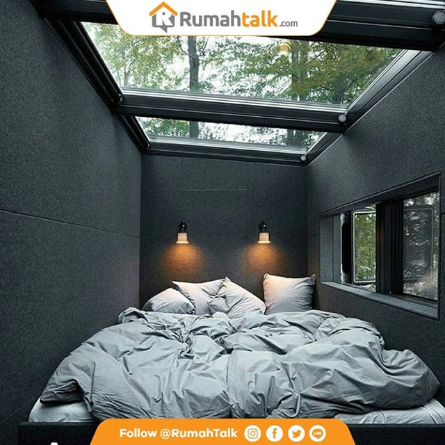 Kamar Kecil tapi cozy Inspirasi buat kamar Kecil dengan jendela kaca di atap