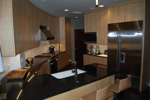 The kitchens have stainless steel appliances. (Photo: survivalcondo.com)