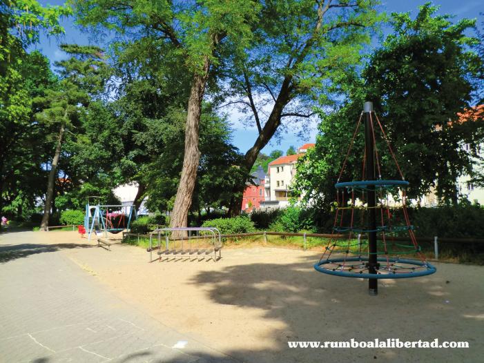 parque-Käthe-Kollwitz-Park-para-disfrutar-de-meissen-con-niños-en-dresde-alemania