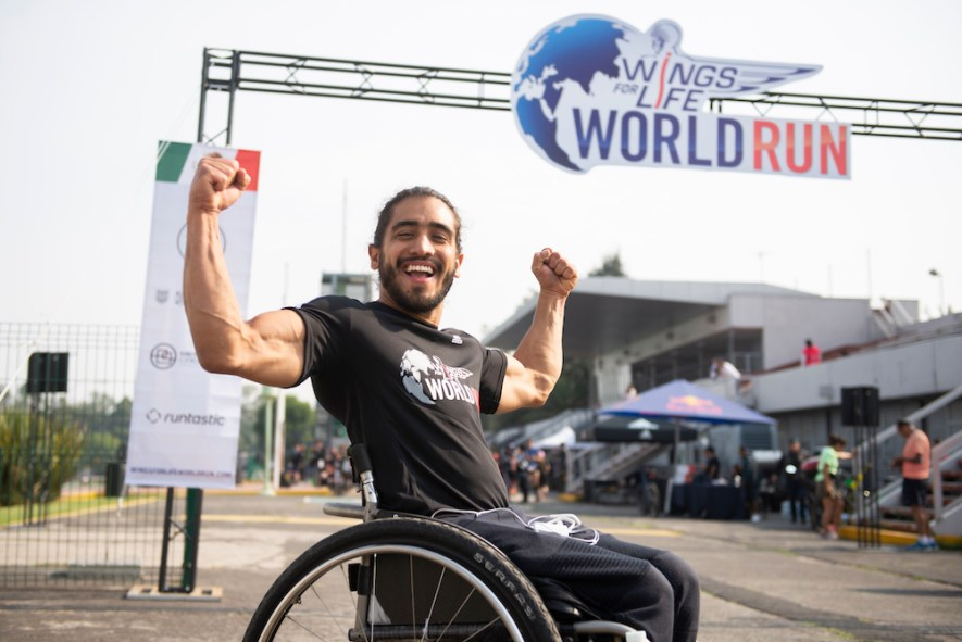Arly Velazquez Wings for Life World Run Mexico