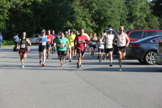 003 - Guess Your Time 2.5 Miler 2017 Photo by Jack Brennan - (IMGL0539)