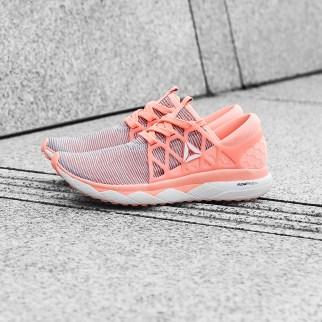 Reebok_Floatride_run_flexwave_01