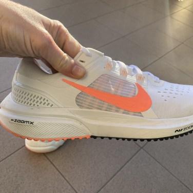 Nike-Zoom-Vomero-15-12