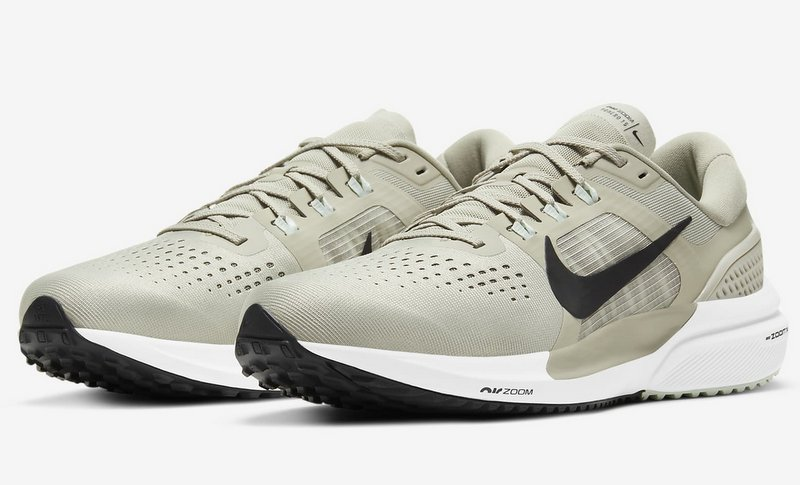 Nike Air Zoom Vomero 15 - Zapatillas Running