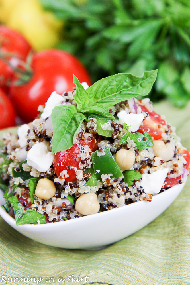15 Minute Vegetarian Meal Mediterranean Quinoa Salad recipe / Running in a Skirt