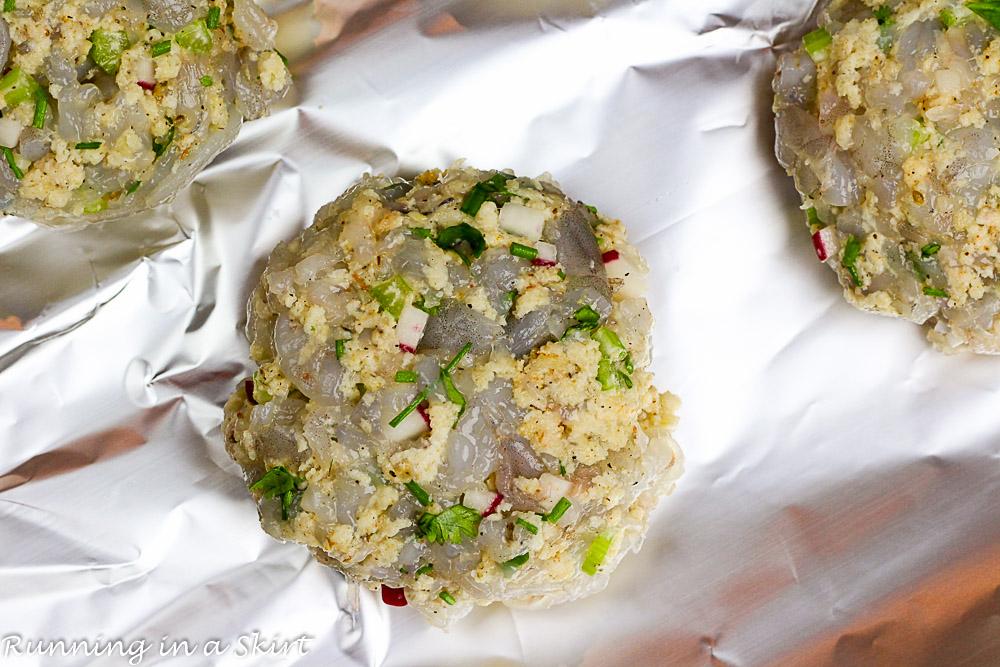 Recipe for Shrimp Burger with Mango Avocado Salsa