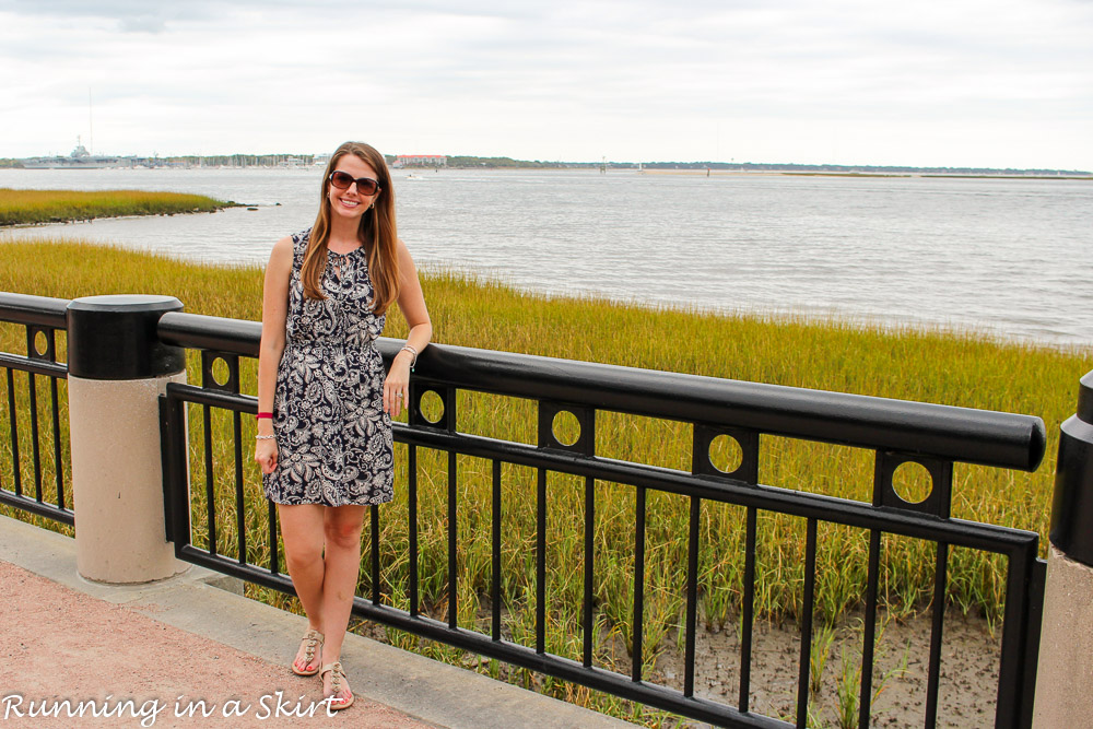Perfect Charleston Day Trips- Southern brunch, shopping, exploring historic areas, oysters and dessert on the rooftop bar! / Running in a Skirt