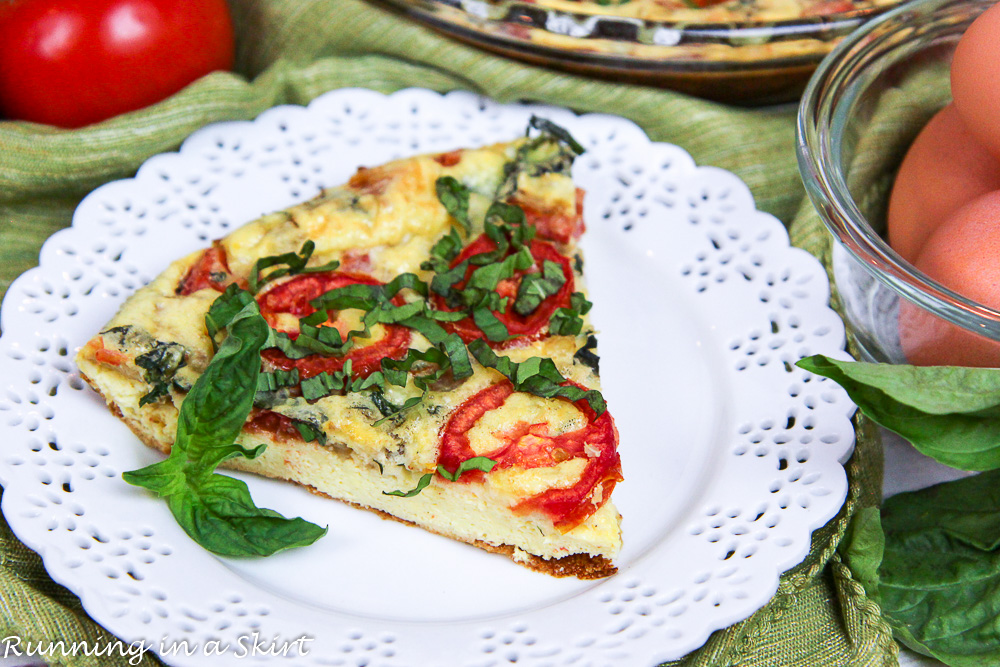 Easy Caprese Vegetarian Crustless Quiche recipe / Running in a Skirt