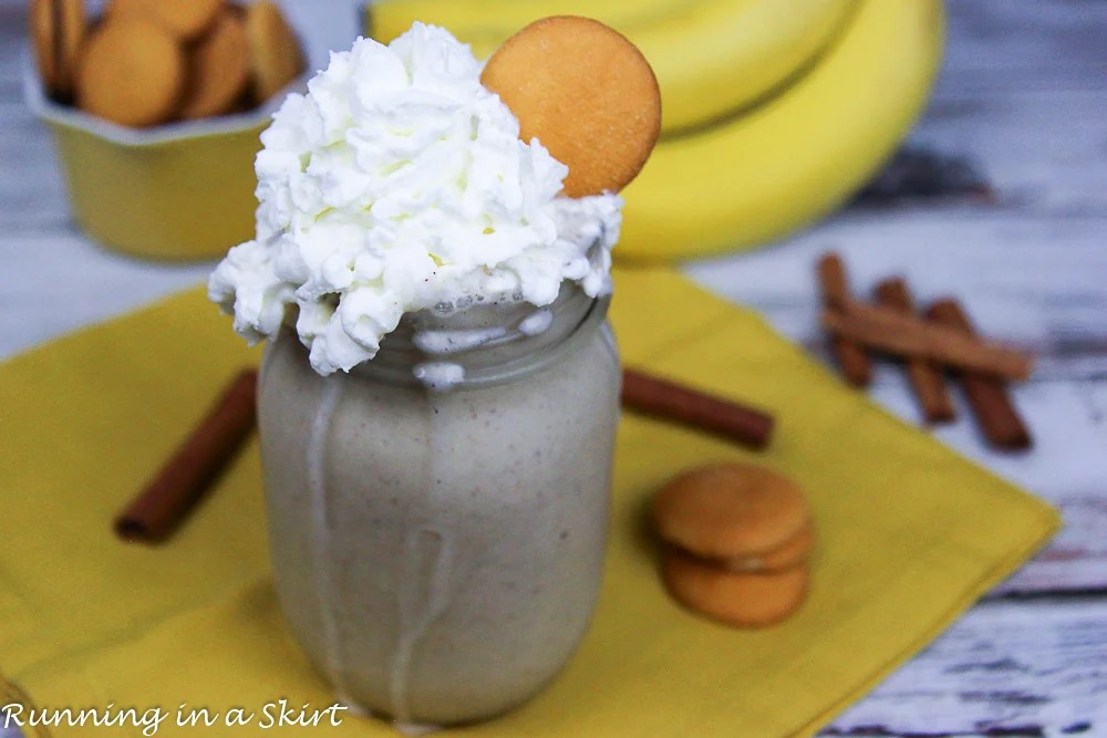 Easy & Healthy Banana Pudding Smoothie recipe / Running in a Skirt