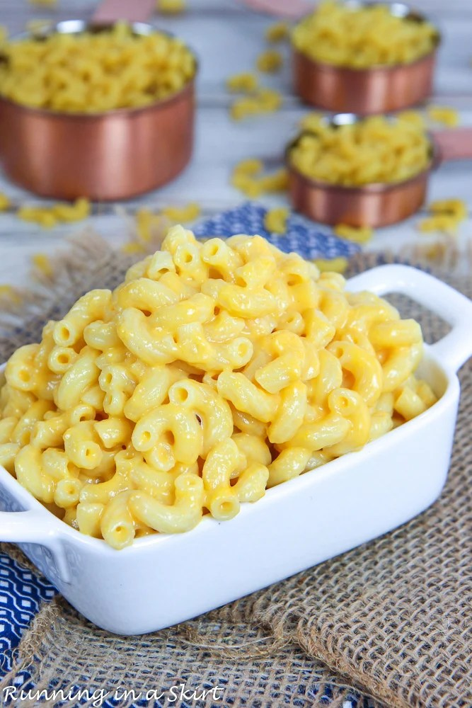 Elbow macaroni with a creamy cheese sauce.