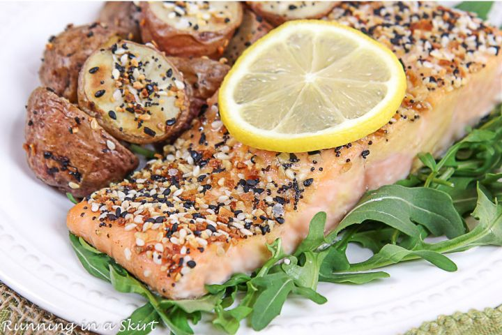 Close up of the salmon topped with lemon.