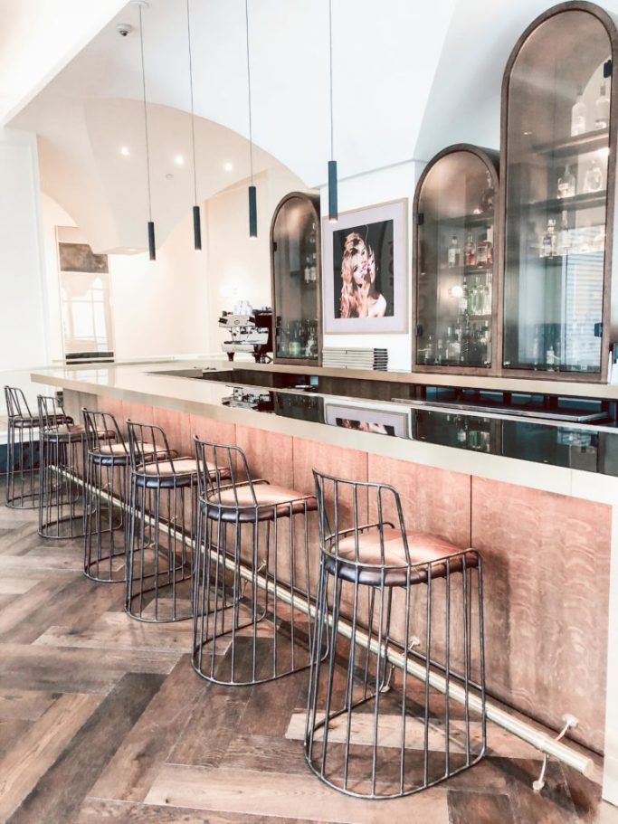 Where to stay in Houston: Hotel Alessandra restaurant, Lucienne bar