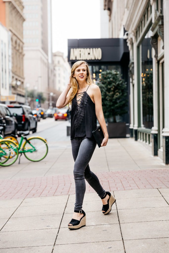 Lace up cami | Grey jeans | wedges | black Kate Spade clutch | Running in Heels