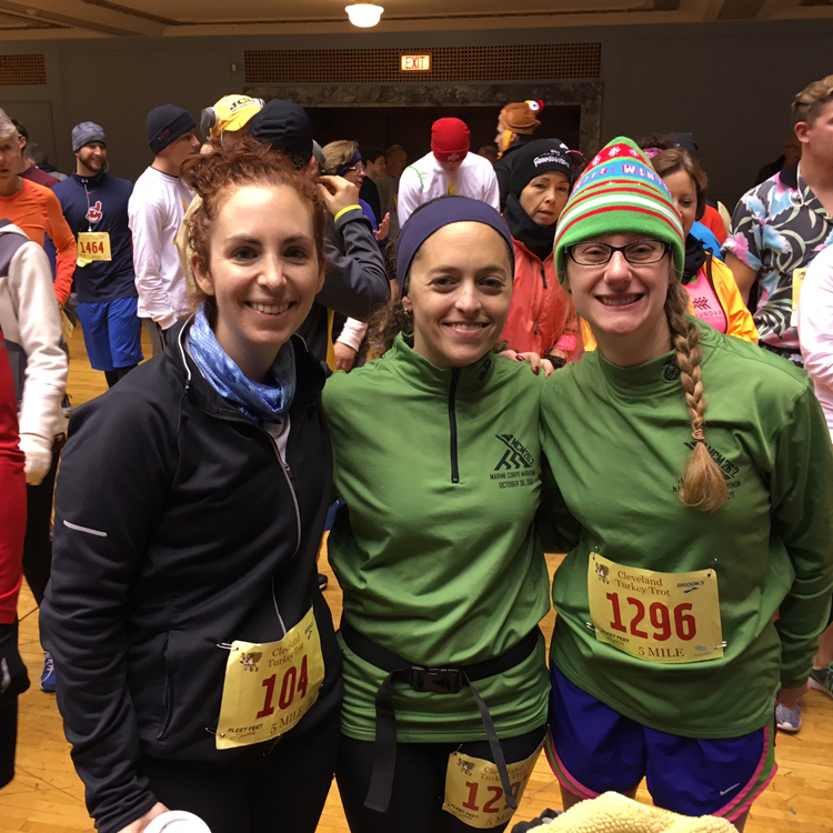 Giving Thanks This Holiday Season | Friday Five 2.0 | Running on Happy