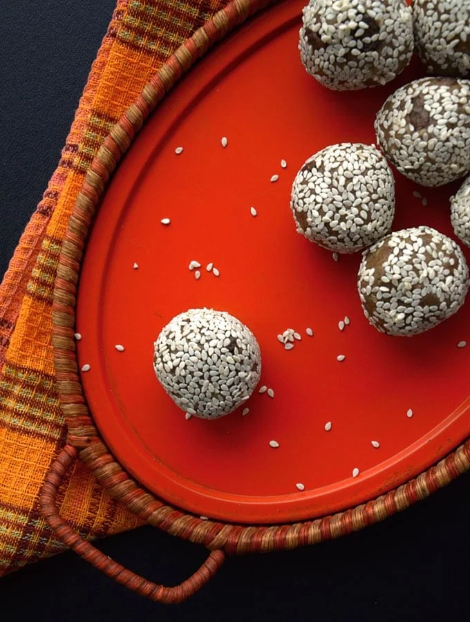 Sweet Spiced Tahini Protein Balls - Easy, no blending required, high in protein, vegan, gluten-free.