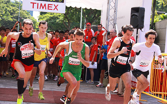 Elite runners from the Men's Open at flag-off