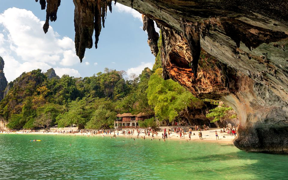 Can You Keep a Secret? These 10 Little-Known Asia Beaches Are Paradise for Runners