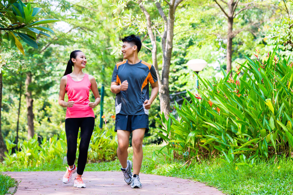 Start Running As a Couple on Valentine's Day. Here's Why.