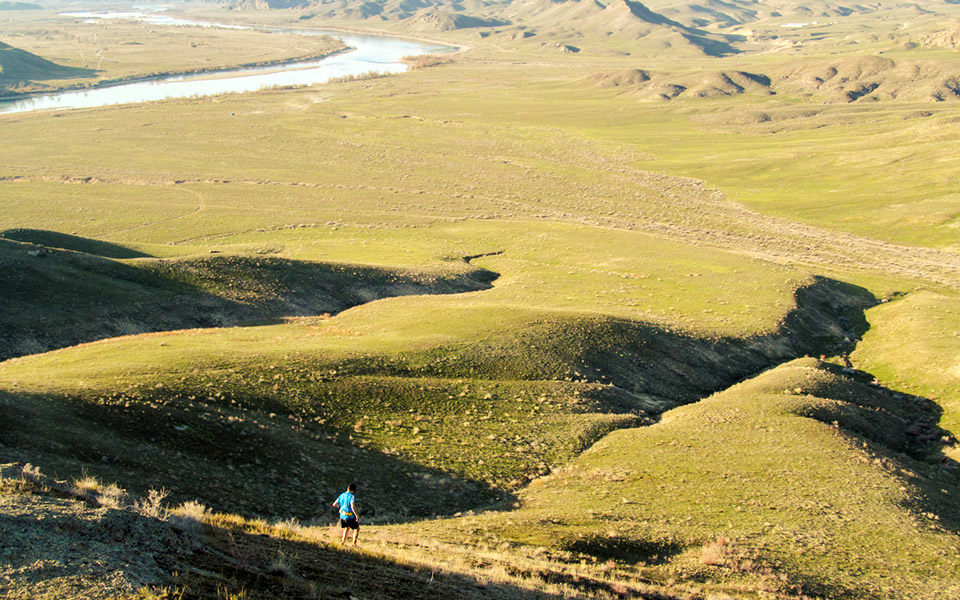 Tengri Ultra Trail: Camp By A River, Run Through Canyons and Across Grasslands