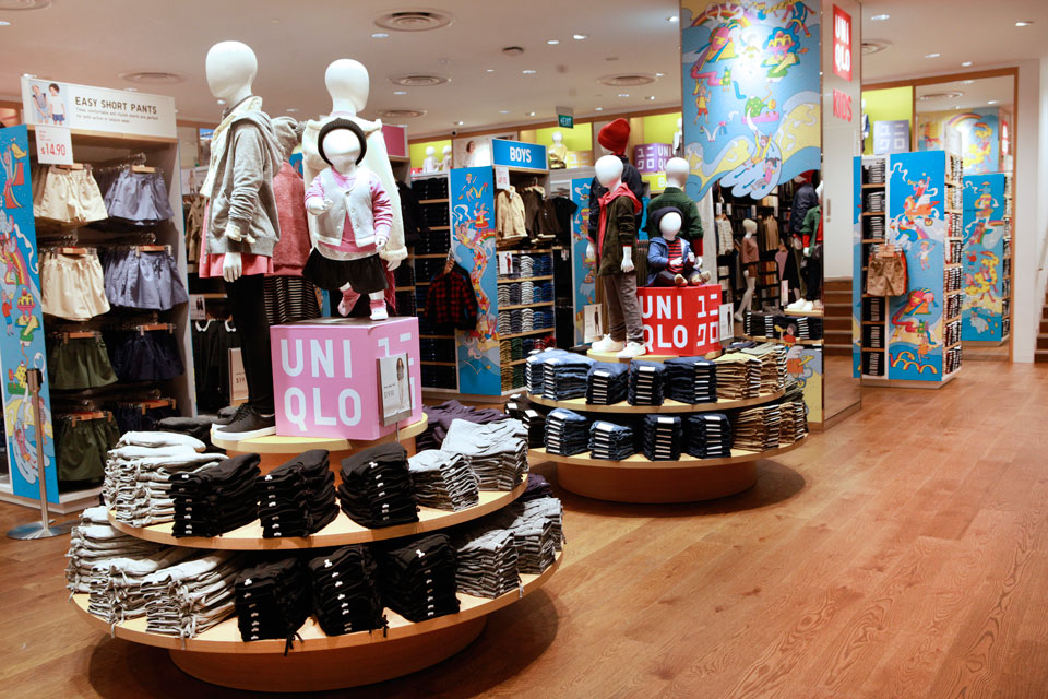 Uniqlo: The Shopping Experience of the Future Awaits!