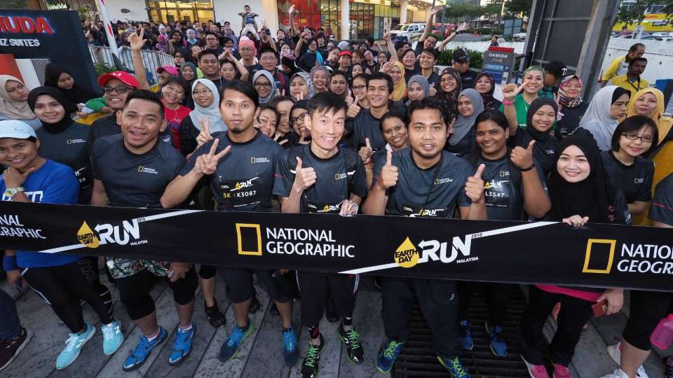 2,000 Runners Participated In National Geographic First-Ever Earth Day Run