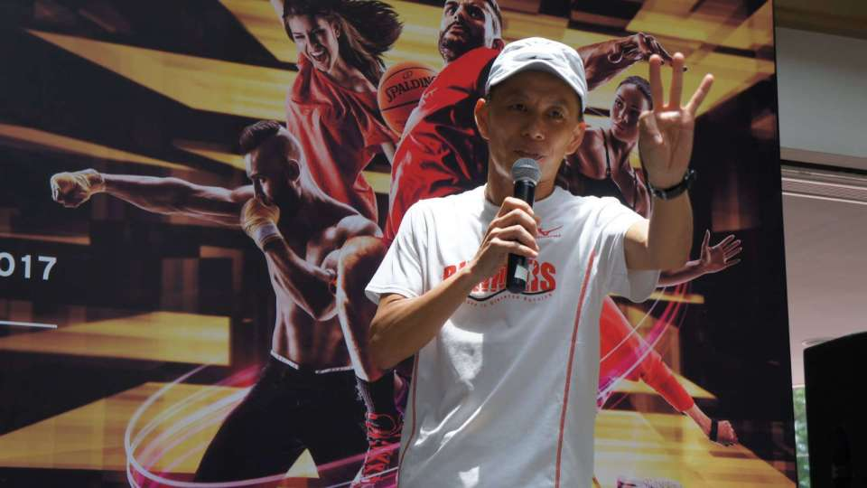 Famous Singapore Running Coach Arrested By Police