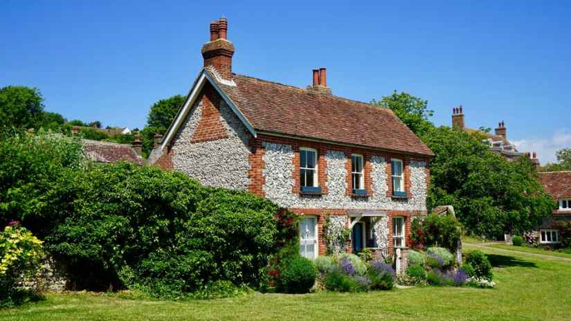 restoring a country cottage
