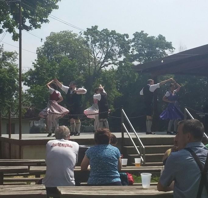 sauerkraut-dance