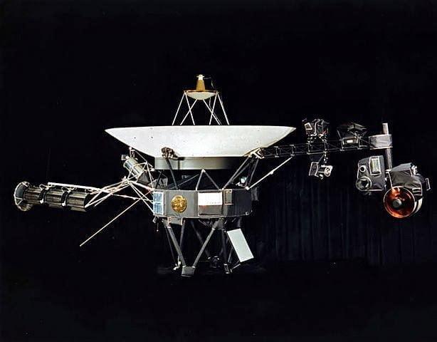 حكاية أول آلة بشرية تصل الفضاء النجمي خارج المجموعة الشمسية 4