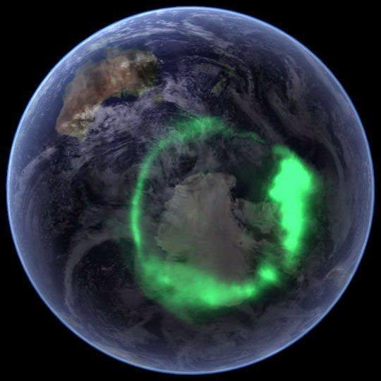 الشفق القطبي ( الاورورا ) : أجمل الظواهر الجوية