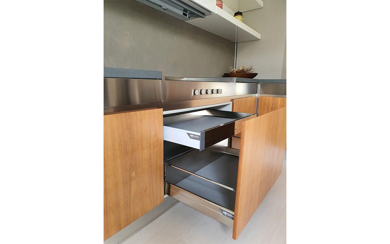 Cucina expo Verona, dettaglio cassetto interno