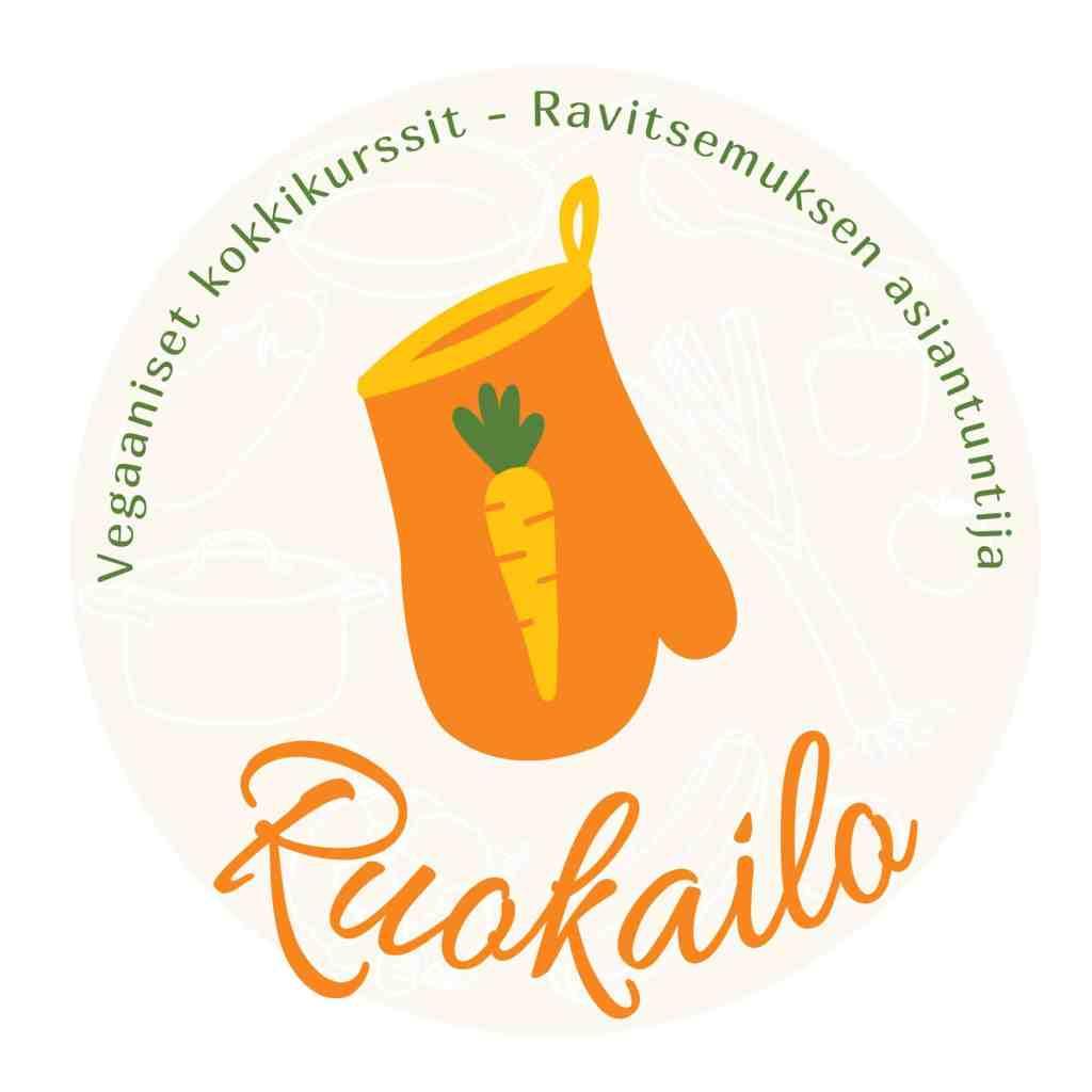 ruokailon logo, jossa on oranssi patakinnas keltaisella porkkanalla sekä teksti: Vegaaniset kokkikurssit - ravitsemuksen asiantuntija