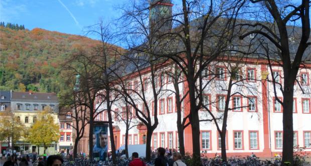 An der Uni Heidelberg wird wieder gewählt. Bild: Ribax/WikimediaCommons (https://upload.wikimedia.org/wikipedia/commons/thumb/2/2e/Campus_Altstadt%2C_Alte_Universit%C3%A4t_Heidelberg%2C_Universit%C3%A4tsplatz_Heidelberg_0239.JPG/1920px-Campus_Altstadt%2C_Alte_Universit%C3%A4t_Heidelberg%2C_Universit%C3%A4tsplatz_Heidelberg_0239.JPG) Lizenz: CC BY-SA 4.0 (http://creativecommons.org/licenses/by-sa/4.0/)