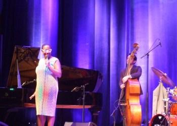 Cecile McLorin Salvant bei einem der letzten Enjoy-Jazz Konzerte in diesem Jahr. Bild: Monika Witzenberger