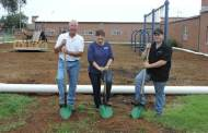 Windom Elementary receives structure for construction of greenhouse project