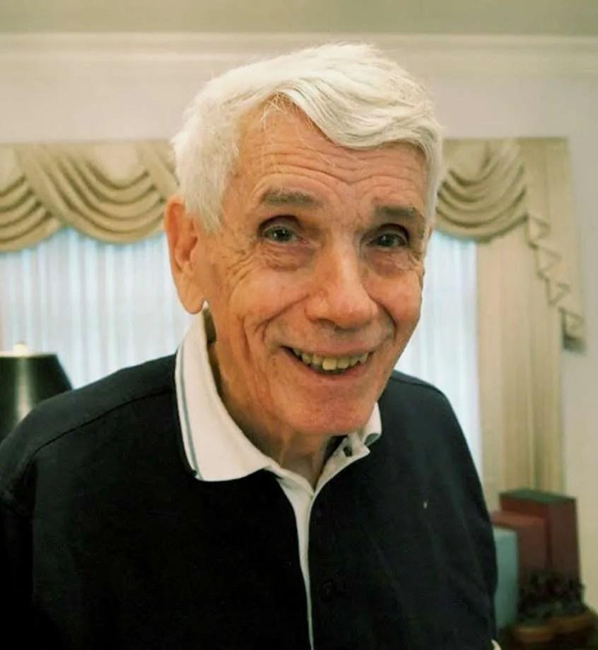Richard Edgar Buzbee, 86, former editor and publisher in Kansas, died June 6, 2018.