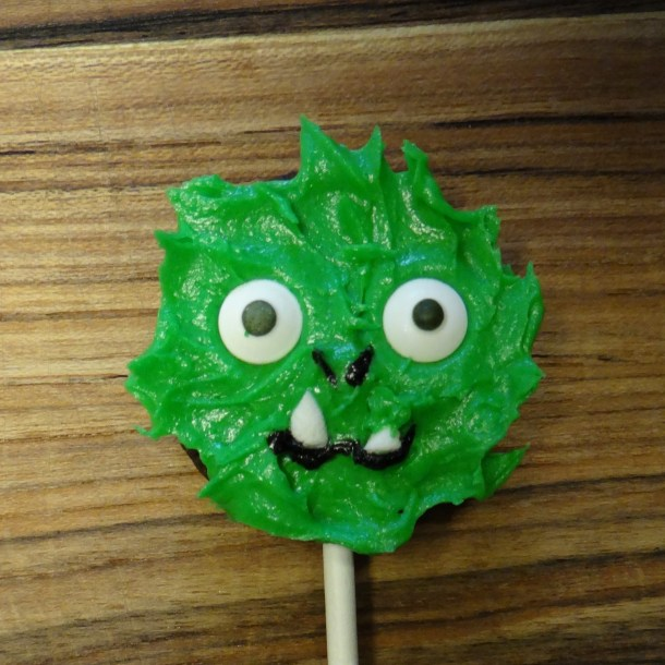 PETE'S DRAGON Cookie Pops and Coloring Sheets #PetesDragonEvent