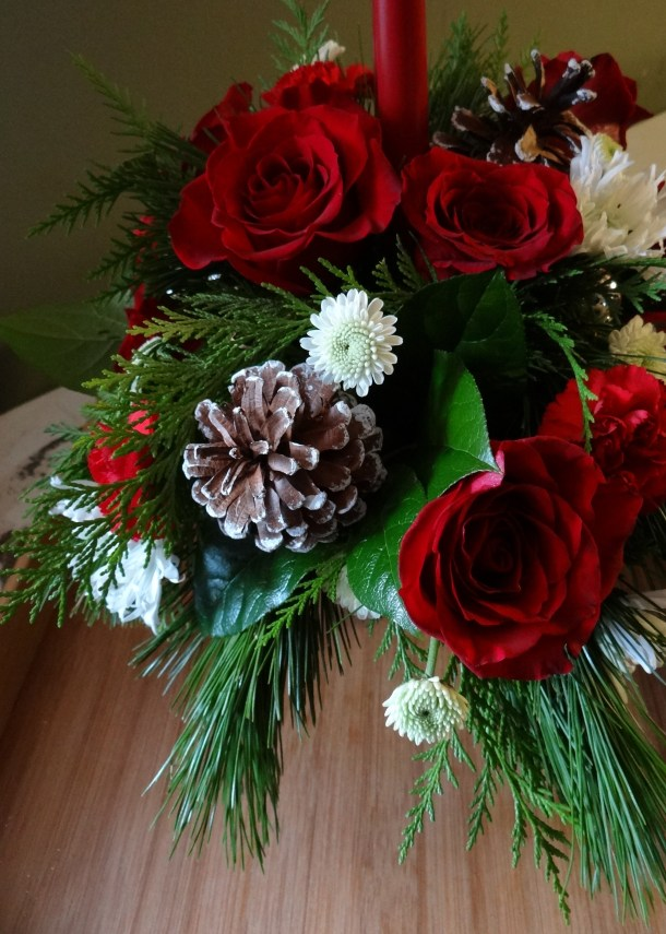 Quick, Easy, Elegant Holiday Tablescape Ideas