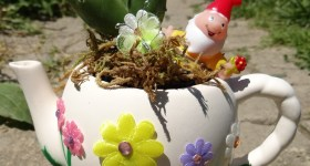 DIY Fairy Garden Tea Pot and Garden Party Ideas